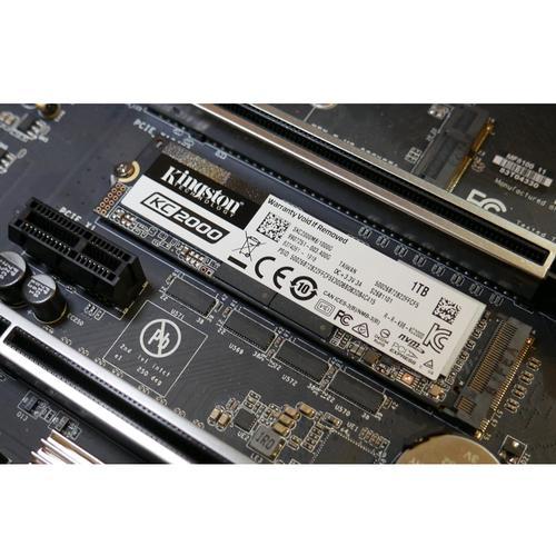Kingston KC2000 1TB 3D M.2 2280 PCIe 3.0 x4 NVMe SSD - 3200MB/s