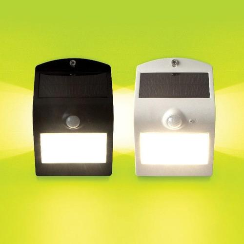 Luceco Solar Guardian Wall Light With PIR - White (IP44)