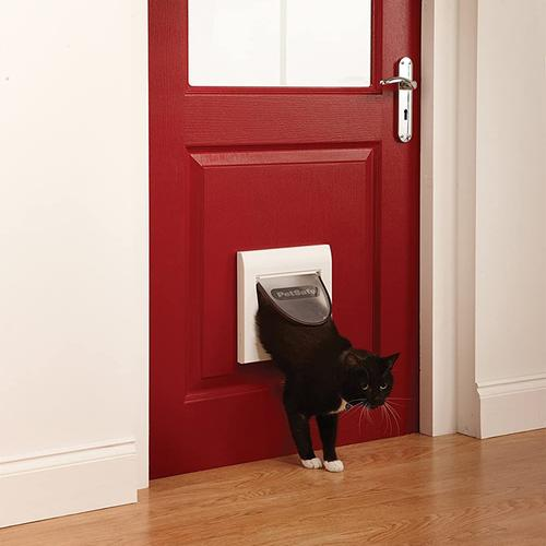 PetSafe Staywell Magnetic 4 Way Locking Classic Cat Flap - White
