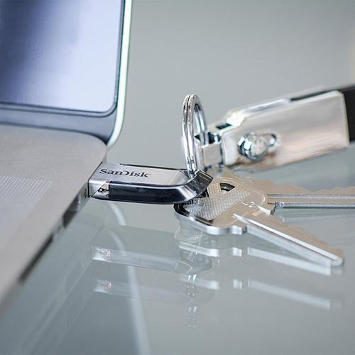 SanDisk 128GB Ultra Flair USB 3.0 Flash Drive - 150MB/s