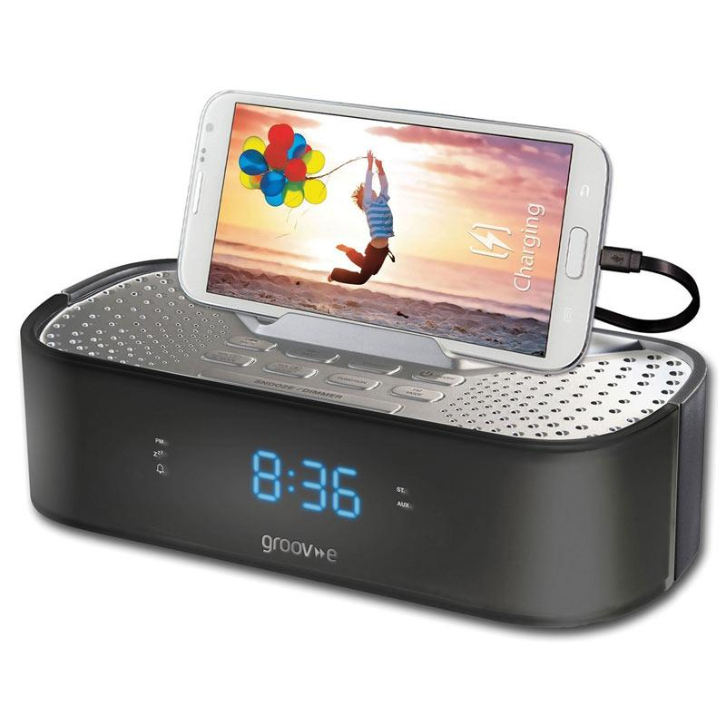 Groov-e TimeCurve Alarm Clock Radio with USB Charging Station - Black
