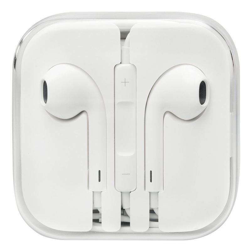 Apple EarPods with Remote and Microphone 3.5mm Jack Adapter - White